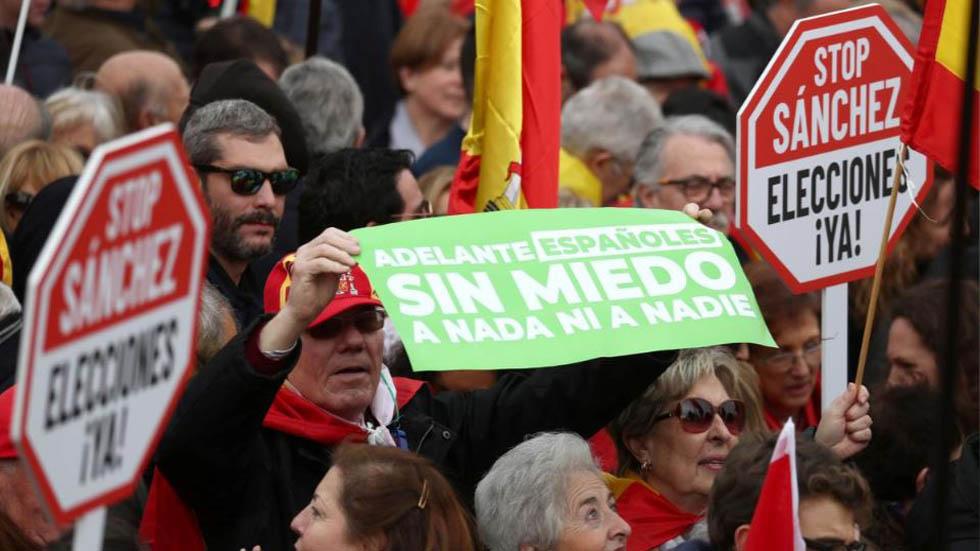 Manifestación contra Pedro Sánchez. Foto de Reuters