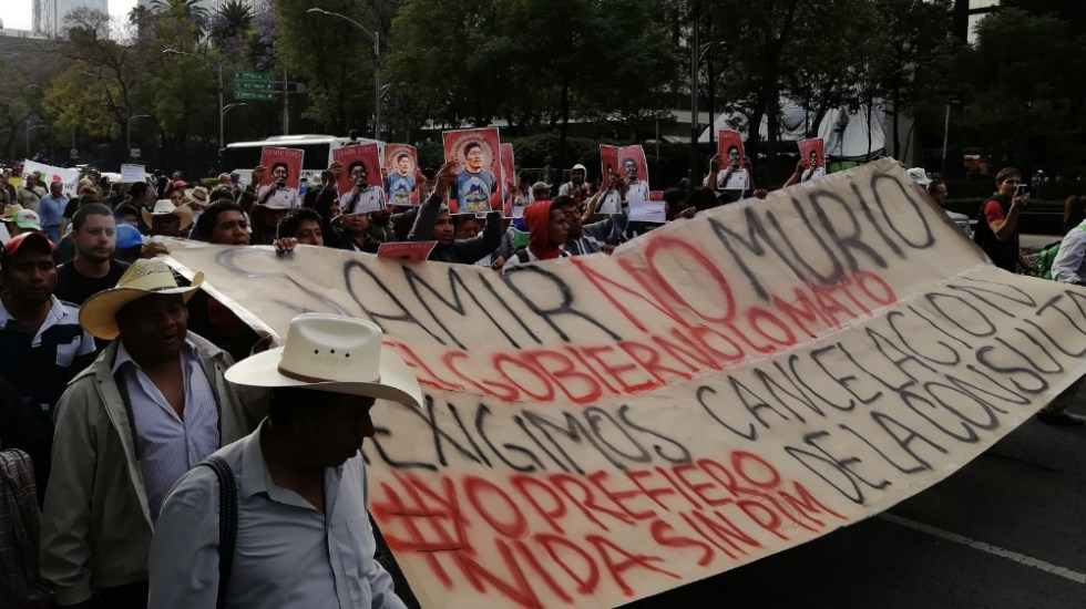 Marcha contra termoeléctrica de Morelos llegó al Zócalo - Foto de @fauno0902