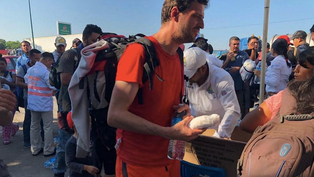 Rescatan a 234 migrantes centroamericanos en Tuxtla Gutiérrez - Migrantes centroamericanos en Tuxtla Gutiérrez, Chiapas. Foto de Notimex