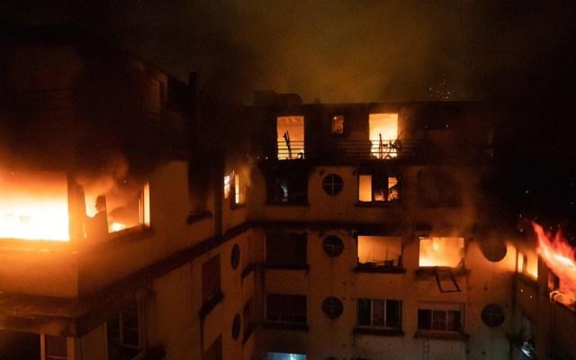 Acusada de incendio en París acababa de salir de un psiquiátrico - Foto de @CGTNOfficial