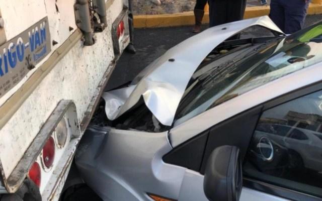Lodo provoca carambola de 15 automóviles en Periférico Oriente - carambola periférico oriente