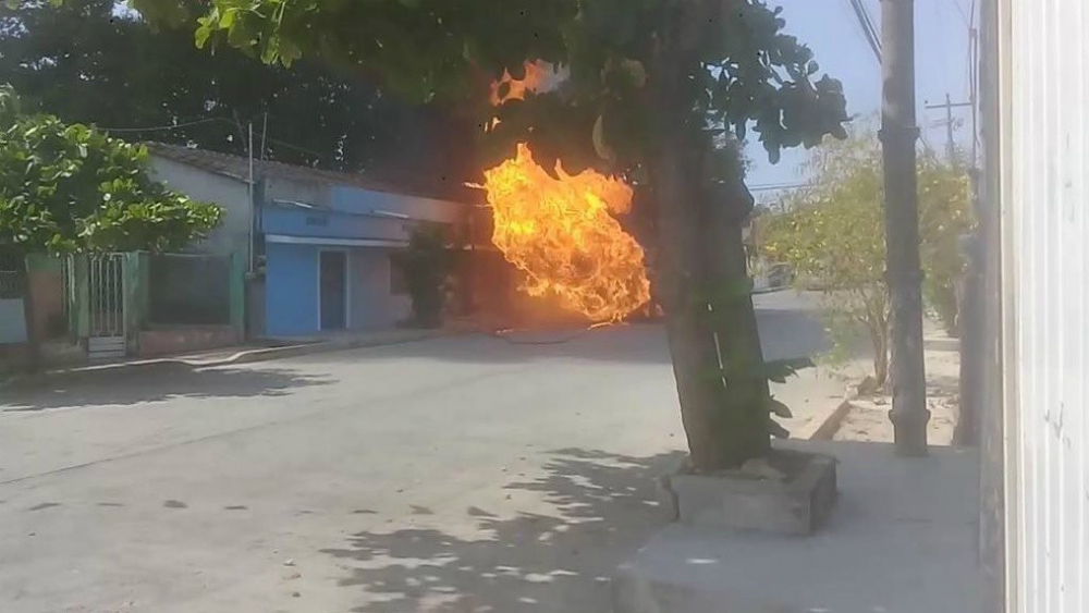 Explota pipa de gas LP cuando abastecía a tortillería en Chiapas - Foto de Noticieros Televisa
