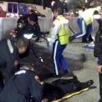 Balean a dos policías fuera del Metro La Raza - Foto de @alertasurbanas