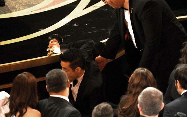 #Video Rami Malek cae del escenario en el Óscar - Foto de Kevin Winter/Getty Images/AFP