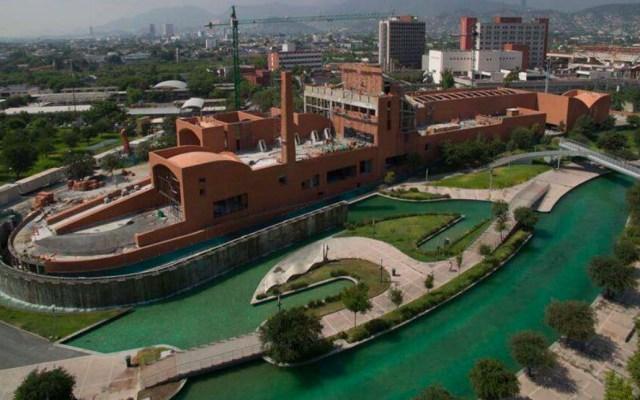 AMLO inaugura el Salón de la Fama del Beisbol Mexicano en Monterrey - Foto de Diablos