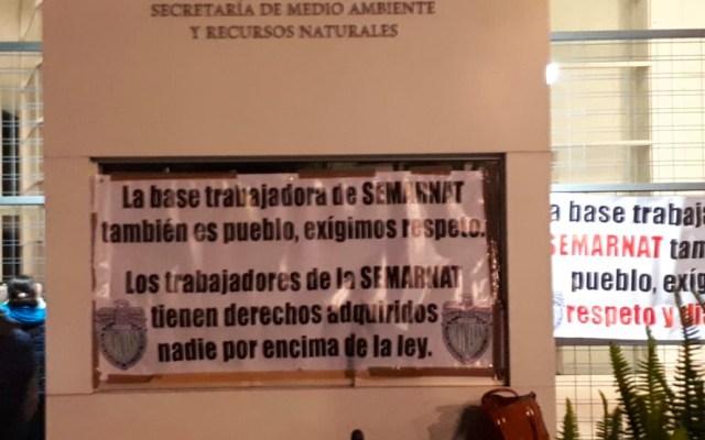 Trabajadores sindicalizados de la Semarnat entran en paro nacional - Foto de Piecito   @Irvs_9  5 hHace 5 horas