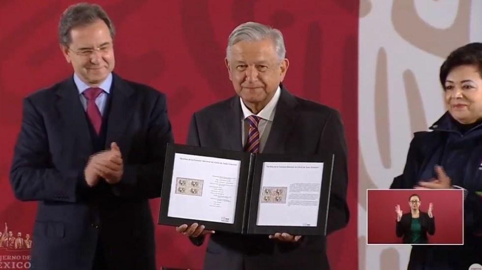 Cancelan timbre postal de Emiliano Zapata - Ceremonia de cancelación del timbre postal. Captura de pantalla