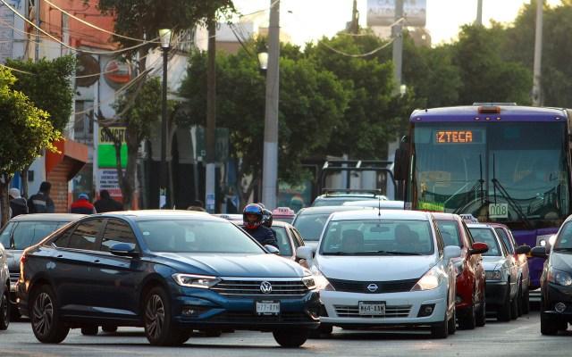 Automovilistas pierden 218 horas al año en atascos viales en la CDMX - Tránsito en la Ciudad de México. Foto de Notimex