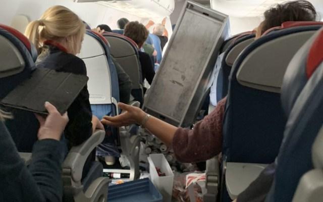 #Video Cinco lesionados por turbulencia durante vuelo de Delta - turbulencia vuelo delta airlines
