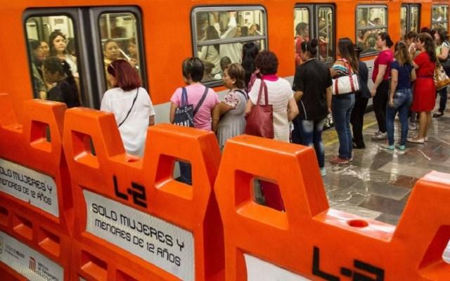 Morena busca fortalecer protección a mujeres en el Metro - Vagones especiales para mujeres en el Metro. Foto de Internet