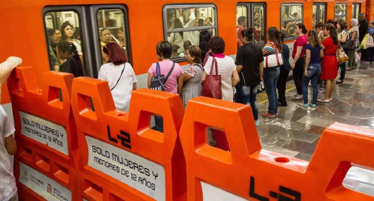 Vagones especiales para mujeres en el Metro. Foto de Internet