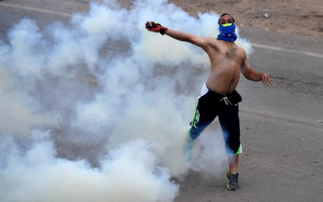 Así reaccionó la prensa internacional por la crisis en Venezuela - Foto de AFP