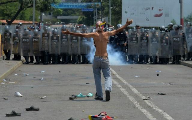 Ayuda humanitaria para Venezuela se repliega tras violento bloqueo de militares - Foto de AFP