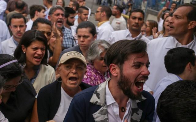 Guaidó convoca a protestas por quinto día sin electricidad - protestas venezuela apagón