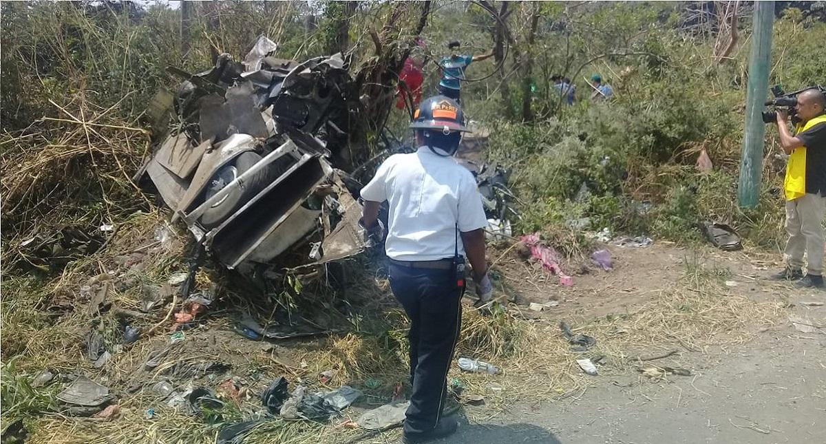 Accidente de avioneta en show aéreo. Foto de @BVoluntariosGT