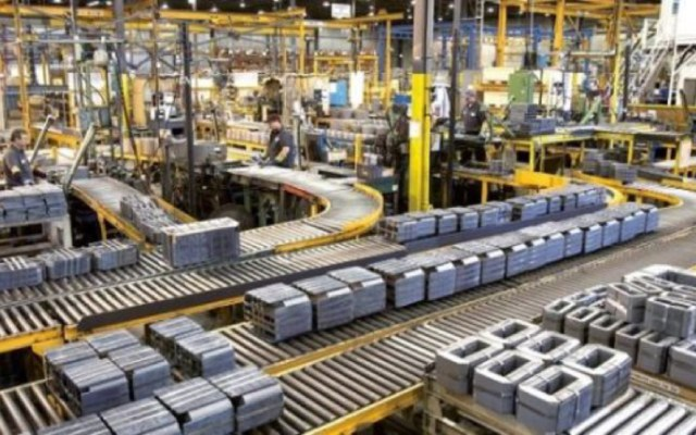 Se desploma actividad industrial en México durante mayo - cae producción industrial