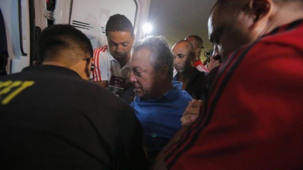 Hospitalizan al técnico del Flamengo - alex braga flamengo hospitalizado