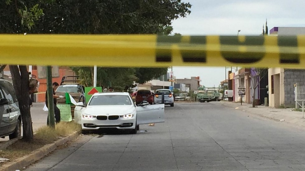 Suman 102 mil 88 homicidios dolosos en lo que va del sexenio - Escena del crimen de doctor en Sinaloa. Foto de Línea Directa