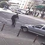 #Video Automovilista atropella a usuario de monopatín en la Roma