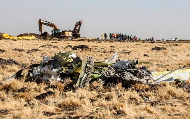 Investigan pieza en posición inusual encontrada en restos del Boeing 737 MAX 8 - Accidente de avión en Etiopía. Foto de Michael TEWELDE / AFP