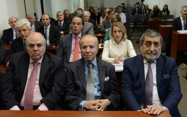 Condenan a expresidente argentino Menem a 3 años y 9 meses de prisión - Foto de Clarín