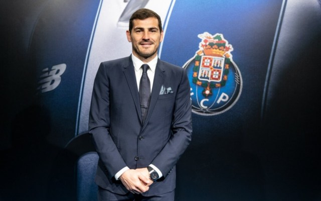 Iker Casillas renueva contrato con el Porto hasta 2020 - Iker Casillas
