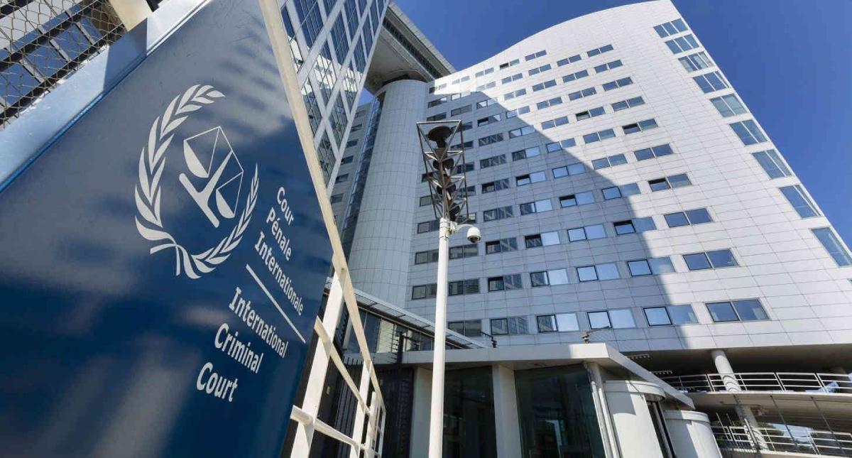 Sanciona a funcionarios de la Corte Penal Internacional