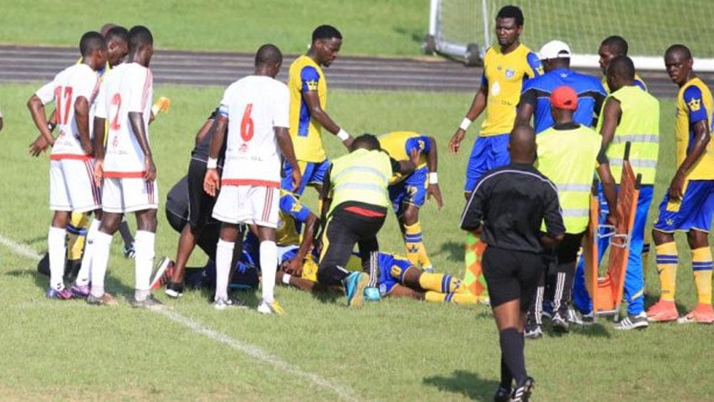 Futbolista sufre colapso en un partido y murió poco después