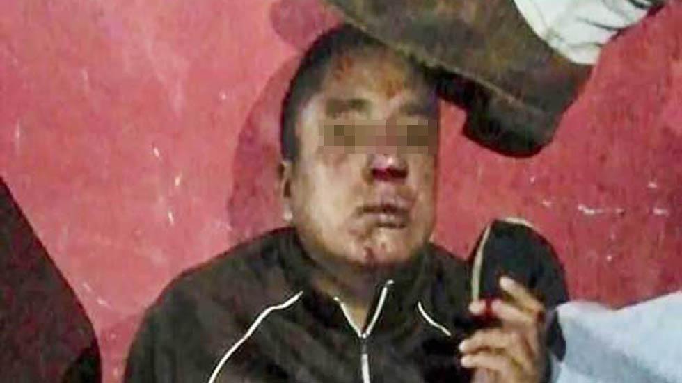 Hombre antes de ser linchado. Foto de Agencia MVT