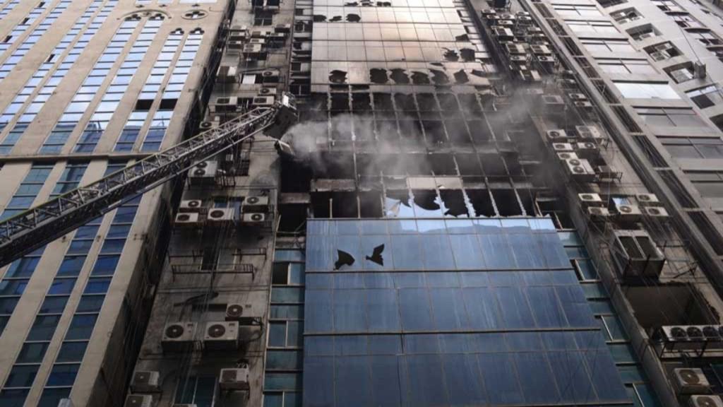 Detienen a dueños de edificio incendiado en Bangladesh - detienen a dueños de edificio incendiado en bangladesh