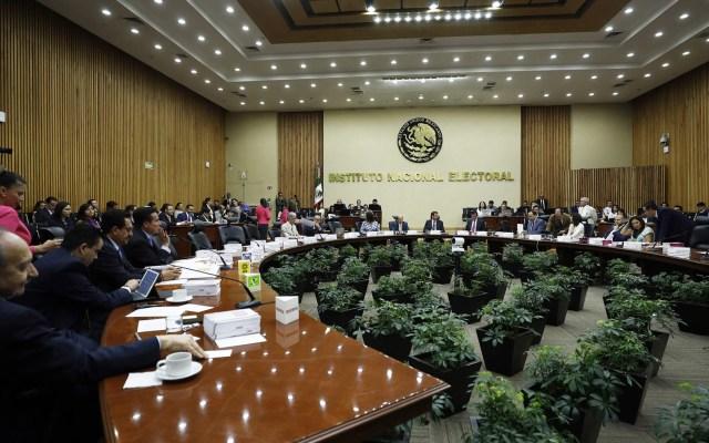 Rechazan a 20 aspirantes a consejeros del INE - Sesión del INE. Foto de Notimex