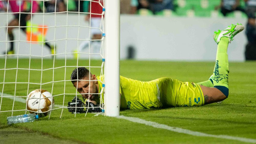 Jonathan Orozco causa baja en el Tri para Fecha FIFA