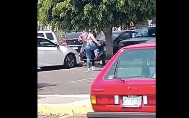 #Video Estudiante golpea a compañero en la FES Aragón