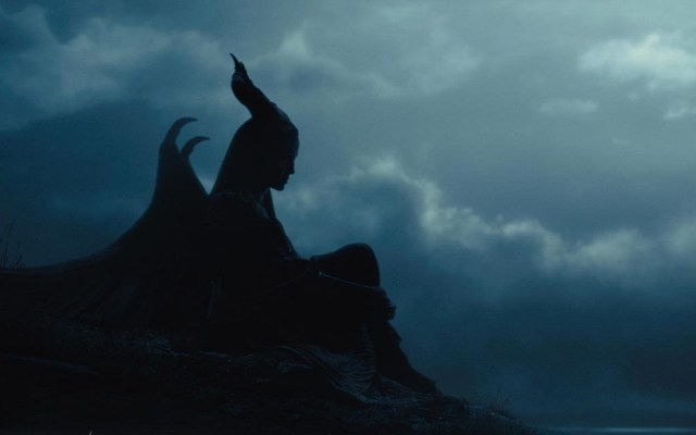 Disney revela póster y fecha de estreno de Maléfica 2 - Maléfica. Foto de @Maleficent