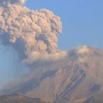 Nueva explosión del Popocatépetl; semáforo se mantiene en amarillo fase 2 - volcán Exhalación del Popocatépetl