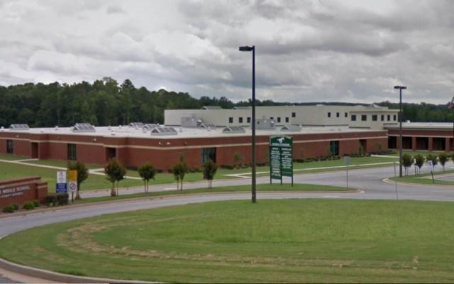Aseguran escuelas de Georgia por amenazas - Rehoboth Road Middle School. Foto de Google Maps