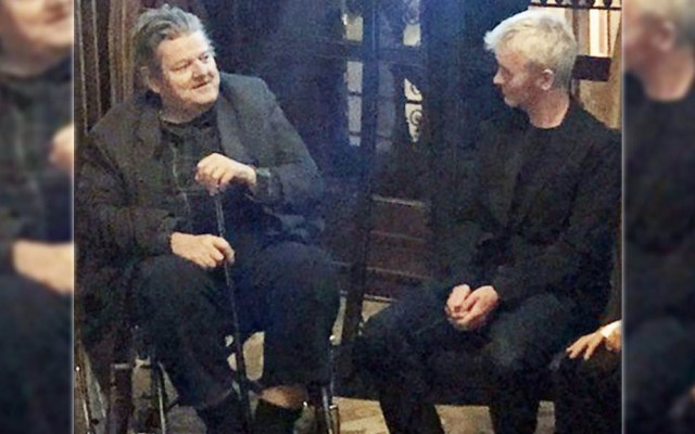 Actor que interpreta a Hagrid en 'Harry Potter' reaparece en silla de ruedas - Foto de @Blooloop
