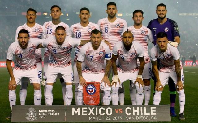 Prensa de Chile arremete contra su selección tras derrota con México