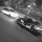 #Video Policías disparan contra taxi en la Ciudad de México - Captura de pantalla
