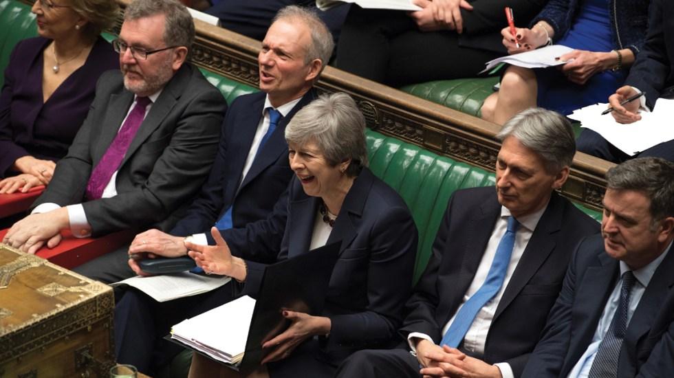 Parlamentarios rechazan todas las propuestas del Brexit - Foto de AFP