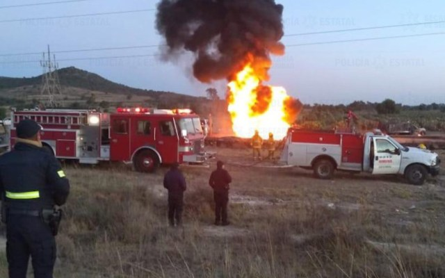 Se incendia toma clandestina en Estado de México - toma clandestina incendio edomex
