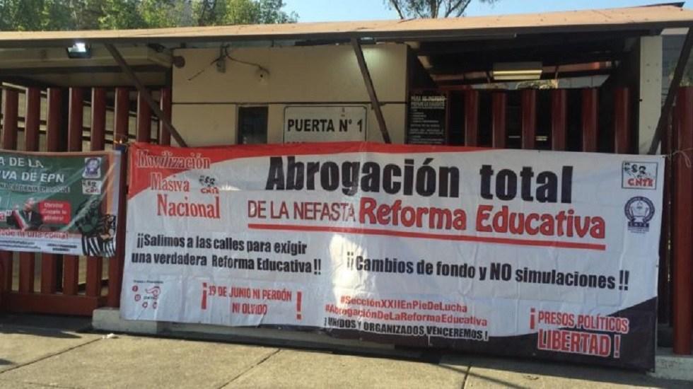 Posponen mesa de trabajo entre la SEP y CNTE - Manifestación de la CNTE contra la Reforma Educativa. Foto Especial / Radio Fórmula