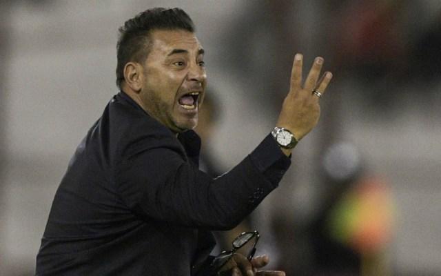 Antonio Mohamed renunció como entrenador de Huracán - Foto de Mexsport