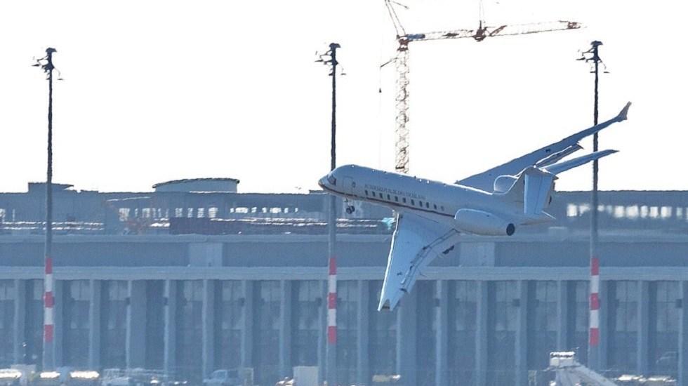Alas de jet del gobierno alemán golpean la pista al aterrizar - Avión con las alas deformes tras incidente. Foto de AFP / Getty Images