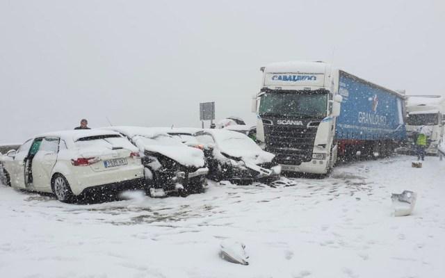 Carambola de más de 50 vehículos en Madrid deja 35 heridos - Foto de Telemadrid