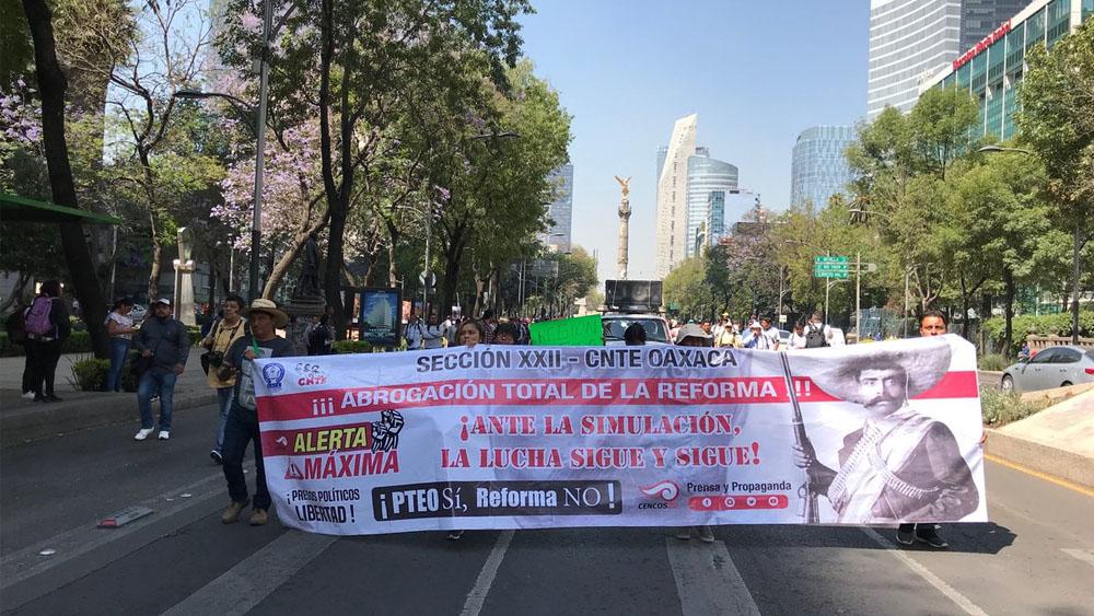 CNTE marcha del Ángel de la Independencia al Zócalo. Noticias en tiempo real