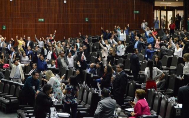 Diputados se confrontan por licencia a papás de niños con cáncer - diputados dictamen padres niños con cancer