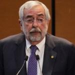 No faltan médicos en México, lo que faltan son plazas en el sector salud: Enrique Graue