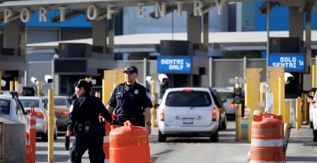 Gobierno reconoce cierres parciales en la frontera con EE.UU. - Garita de San Ysidro. Foto de Notimex