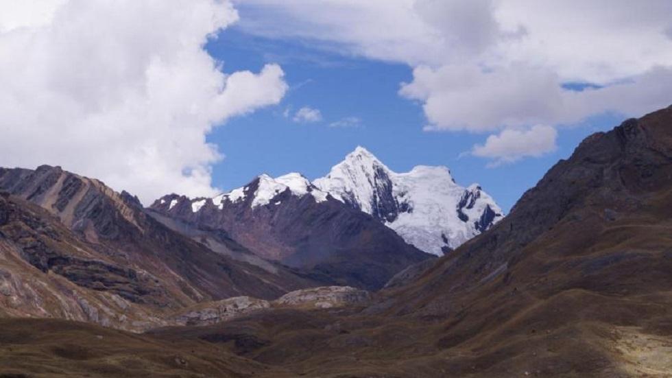Glaciares en patrimonios mundiales desaparecerían en este siglo - Huascarán en los andes peruanos. Foto de Elena Osipova